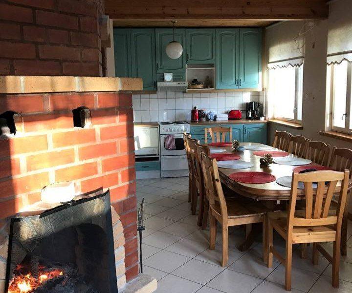 Saarenmaa Viro Eesti loma kesäloma ranta meri sauna mökki vuokraa talo